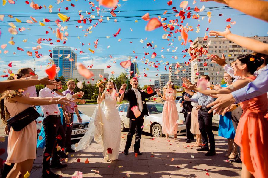 Прикольный сценарий на молодежную свадьбу