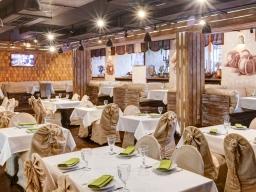 Ресторан Garnets и Рассольников