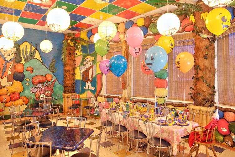 Детский праздник в кафе vfhmbyj ведение детских праздников Биржевая площадь
