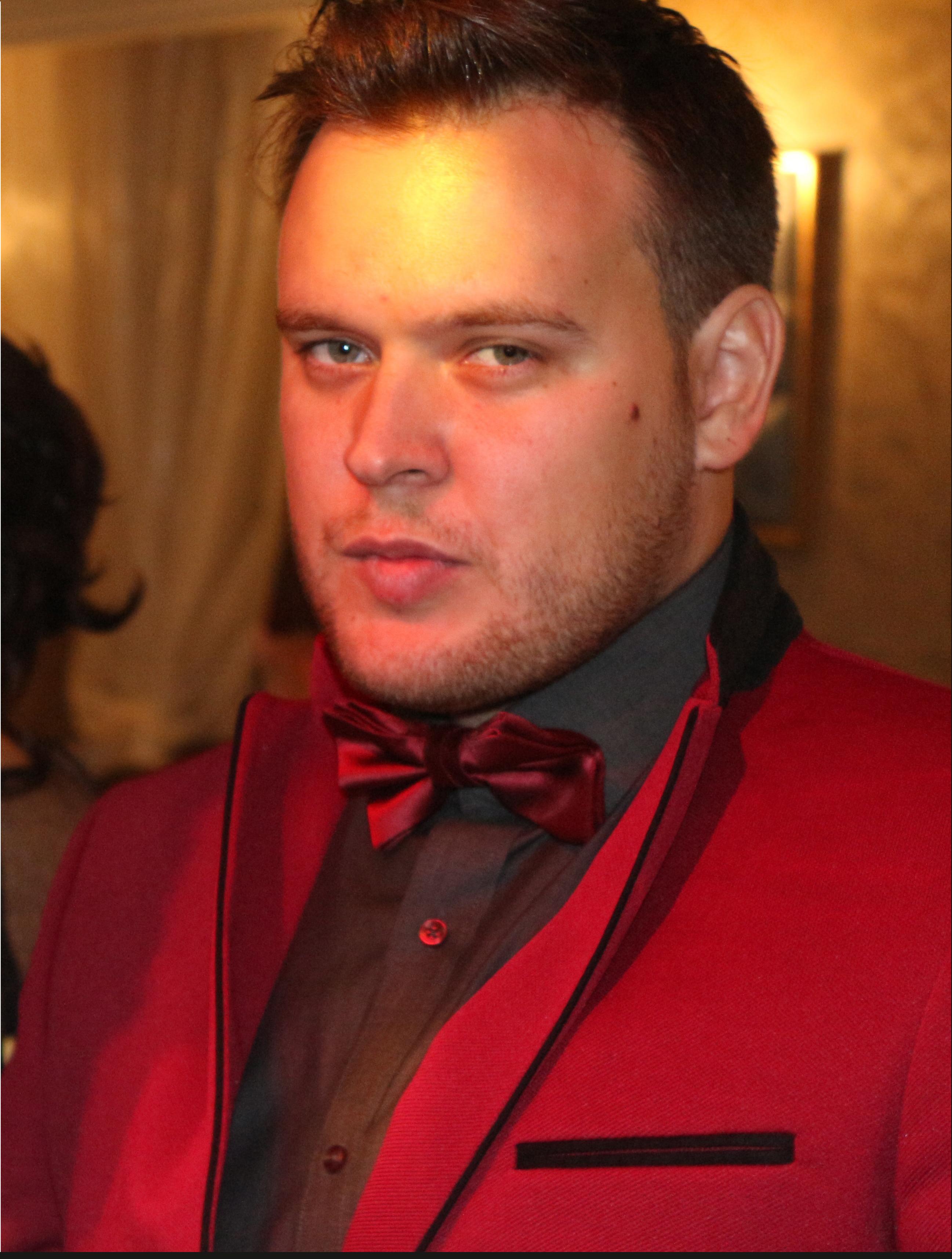 Николас Серебренников