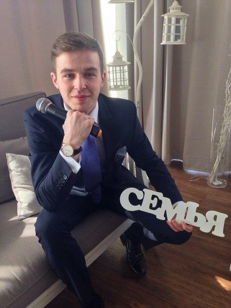 Максим Букреев