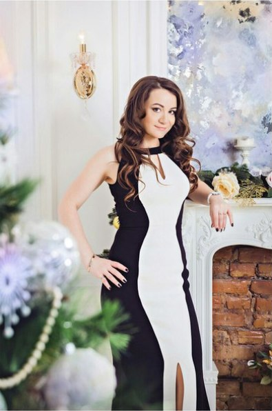 Анна Богова
