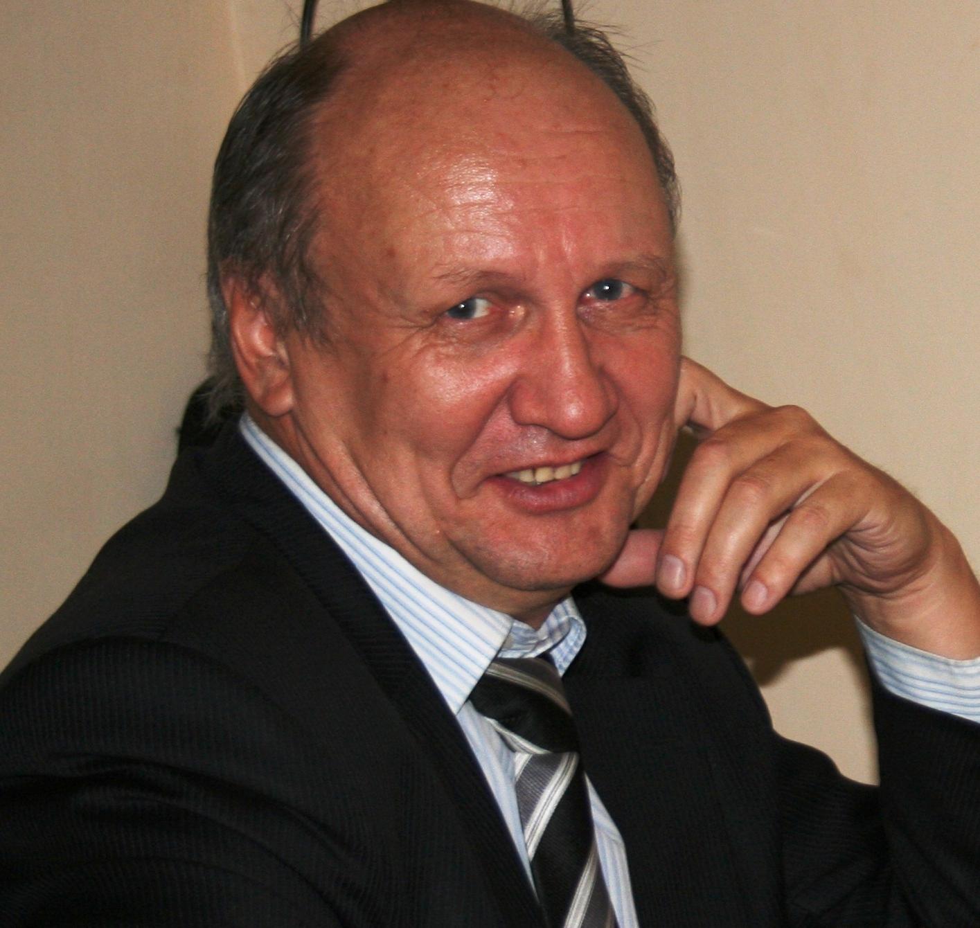 Владимир Нежданов