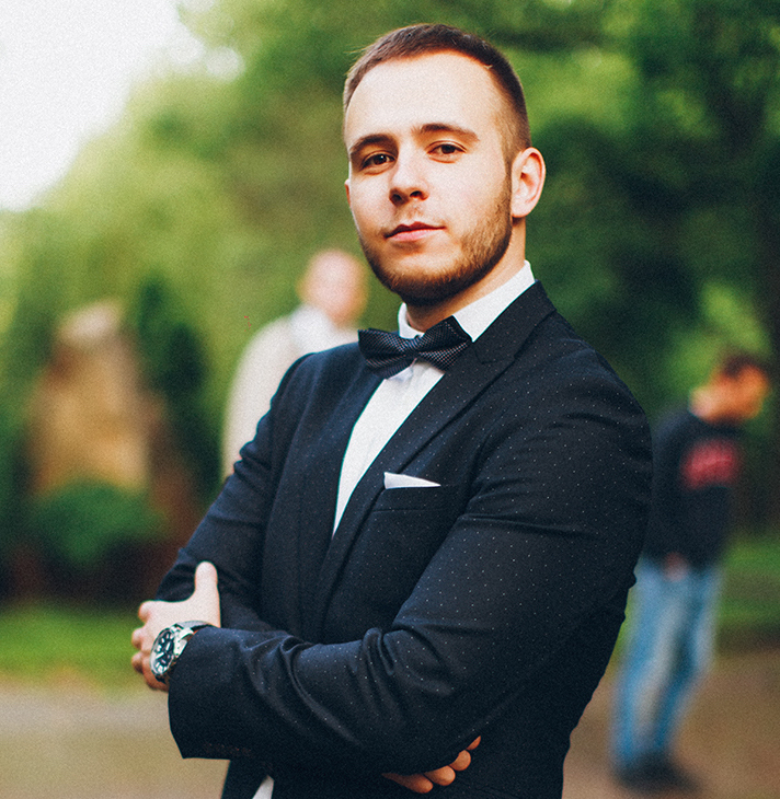 Александр Грицук