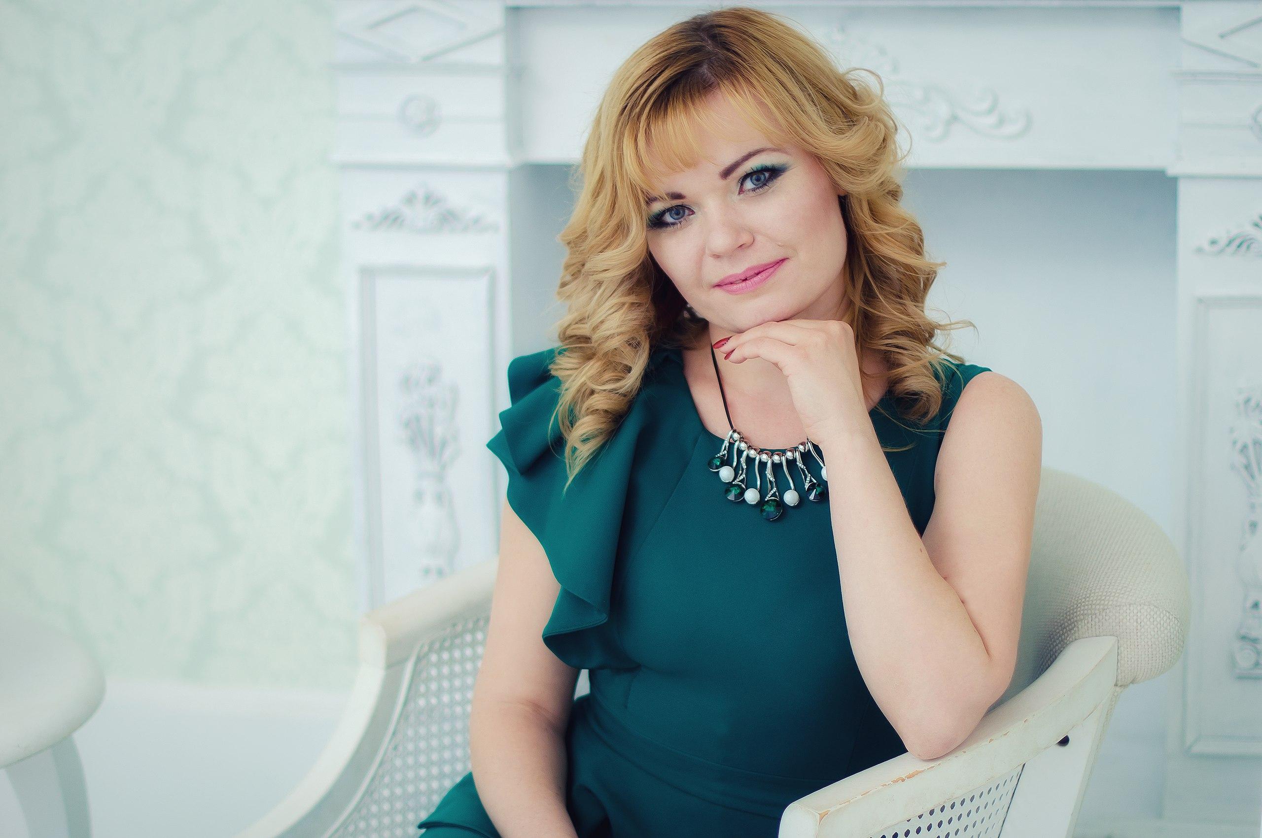 Анна Зеленова