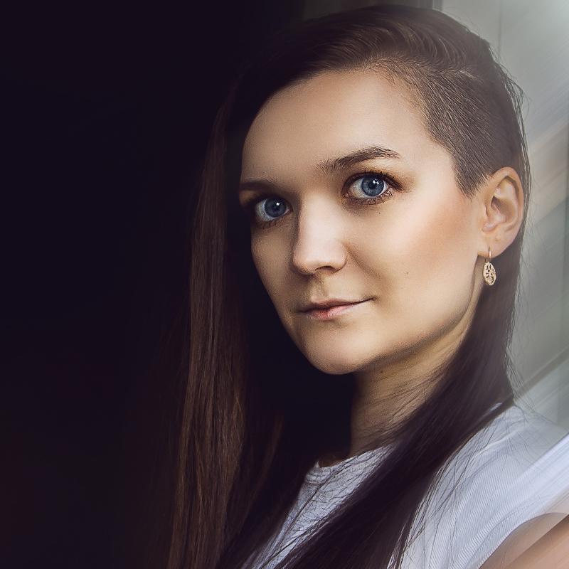 Юлия Вахромова