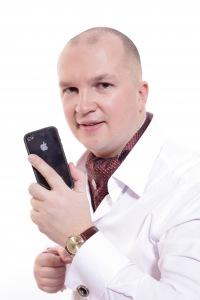 606775053dcd Ведущий Дмитрий Барышев