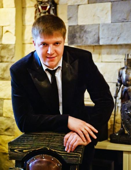 Антон Самсонов