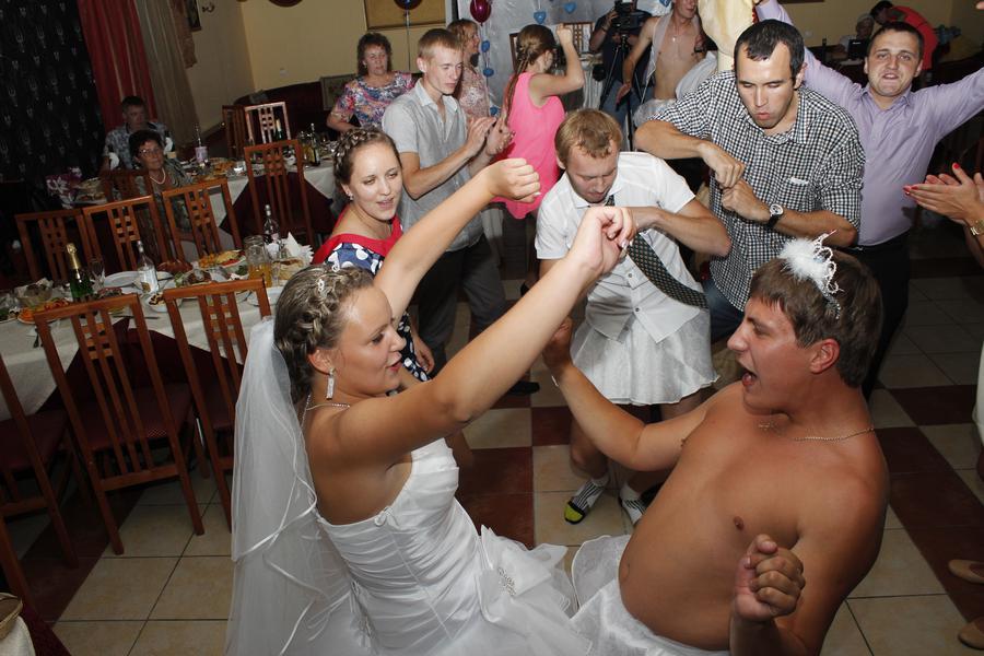 Порно конкурсы на свадьбу прикольные видео хотят