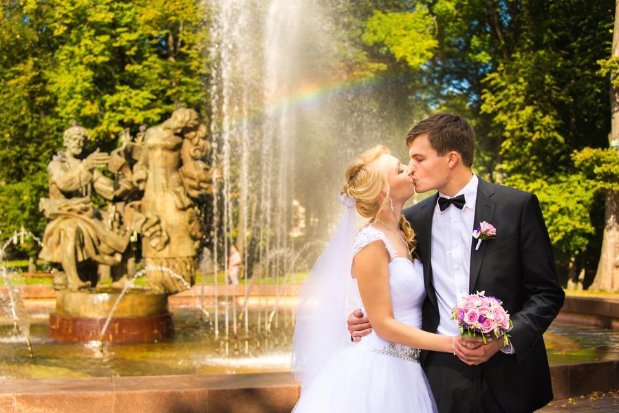 сможете заезжать фотосъемка моей первой свадьбы себе клыки
